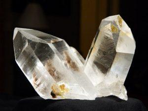 Amarre con los cristales mágicos